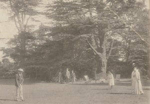 The Cedars, Windsor Street, Chertsey, the Hodgson family playing croquet 1908
